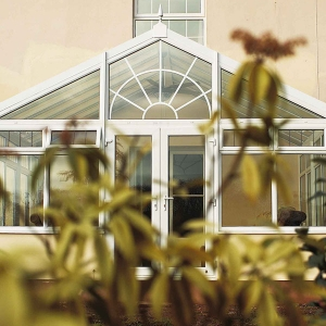 Gable-end conservatory with Edwardian design